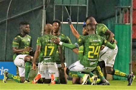 Orense SC pierde un defensa por varios meses