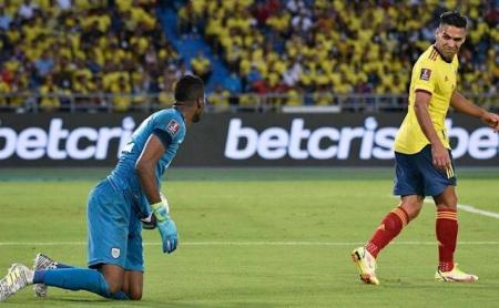 (VIDEO) Falcao le gritó el gol de Colombia a Dida Domínguez y luego fue anulado