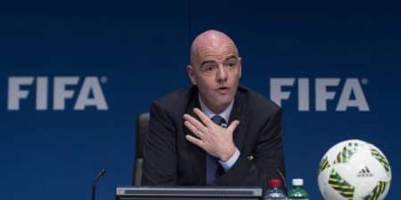 (FOTO) FIFA no quiere descartar mundial cada dos años