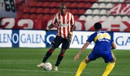 Jaime Ayoví será titular en el próximo partido de Estudiantes de la Plata