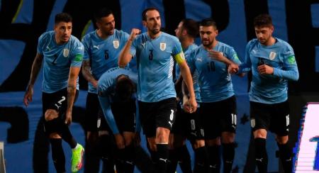 (FOTO) Uruguay anuncia una baja sensible para visitar a Brasil