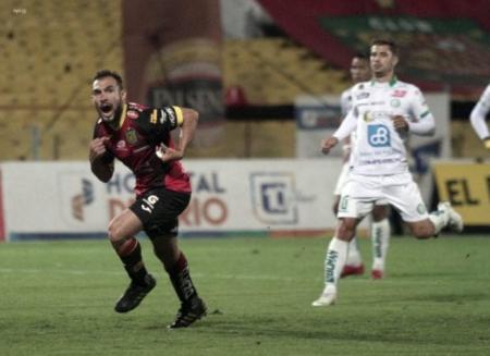 (VIDEO) Lucas Mancinelli vuelve a entrenar con Deportivo Cuenca tras larga lesión