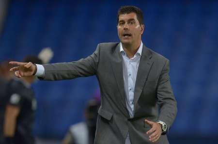 Ismael Rescalvo asegura: ''Estamos mal acostumbrados a jugar con 10 jugadores''