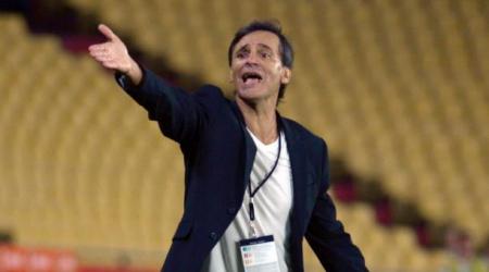 Fabián Bustos elogió al portero rival y admitió que perder no es buen resultado