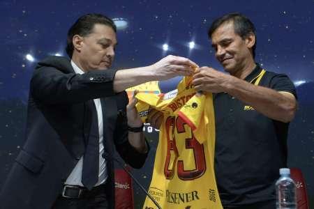 (VIDEO) Alfaro Moreno habló sobre la posible renovación de Fabián Bustos en Barcelona