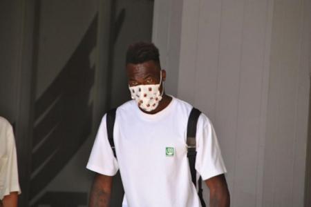 (FOTO) Genoa le realiza nuevos exámenes a Felipe Caicedo