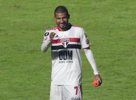 (FOTO) Reportan que Joao Rojas entrena diferenciado en Sao Paulo