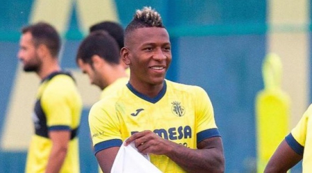 (VIDEO) Villarreal goleó al Elche con presencia de Pervis Estupiñán