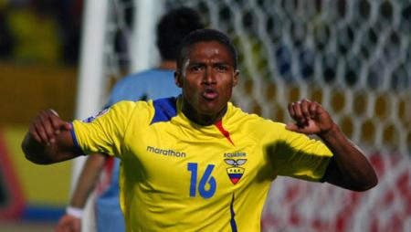 (VIDEO) El gol de Félix Torres y su similitud al tanto de Antonio Valencia ante Uruguay en 2009