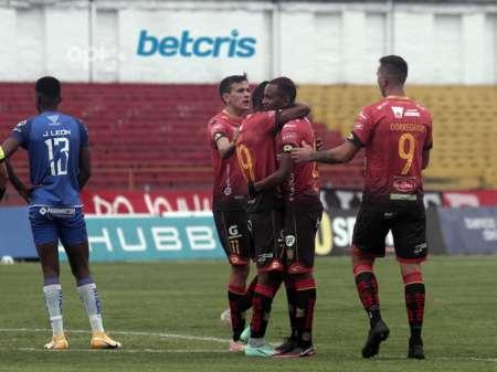 (VIDEO) Deportivo Cuenca goleó a Olmedo y respira en la tabla