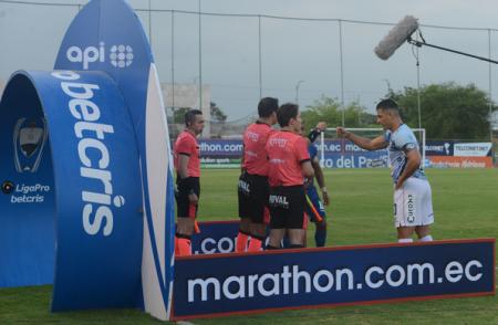Jugadores de Guayaquil City emiten comunicado dirigido a los árbitros