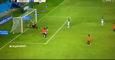 (VIDEO) Gran pase de Perlaza a Nilson Angulo para definirla