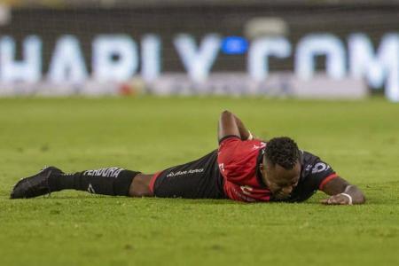 Renato Ibarra salió lesionado con Atlas en la LigaMX